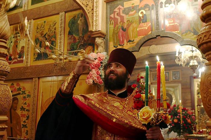 Servicio religioso de la Pascua Rusa
