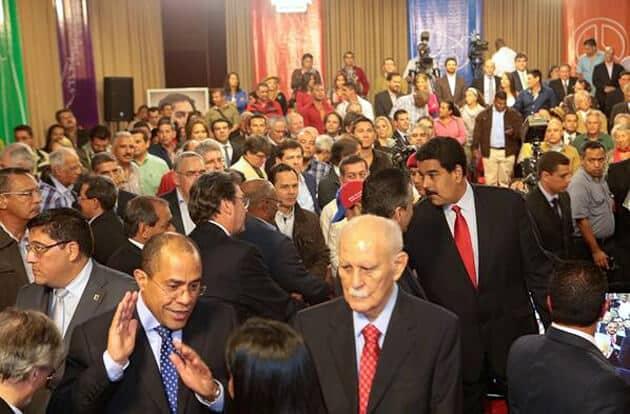 Nicolás Maduro tiende la mano a Jorge Roig