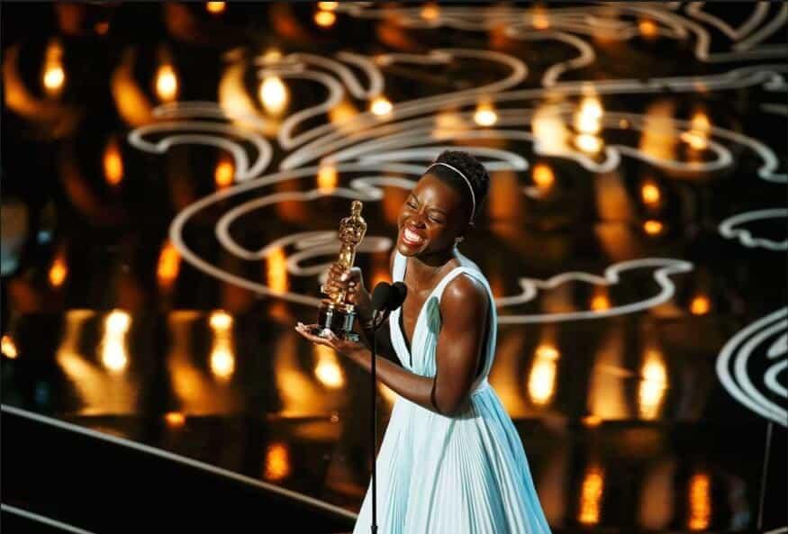 La alegría de la sorpresa (Foto de Lucy Nicholson - Reuters)