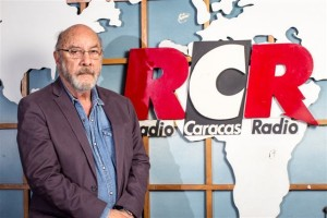 En Radio Caracas Radio los sábados a mediodía
