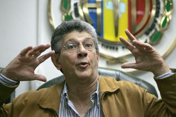 Metiendo miedo al chavismo